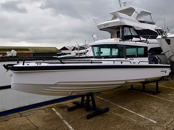 Main Boat Image